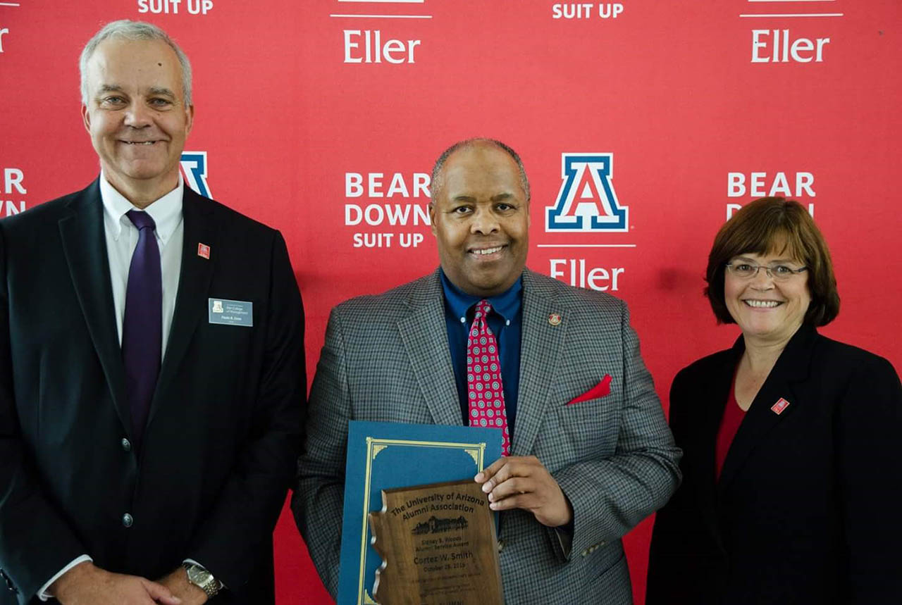 Cortez Smith Receives Award
